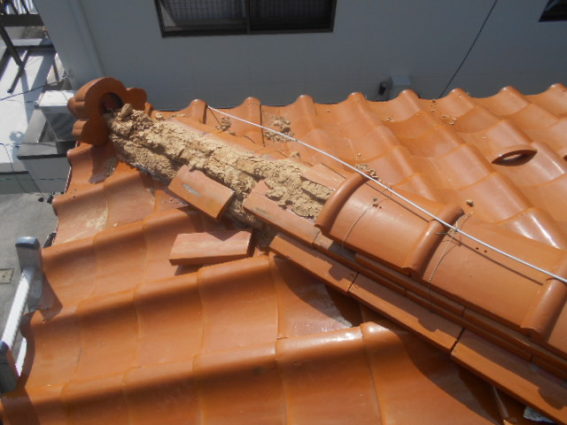 陶器瓦屋根