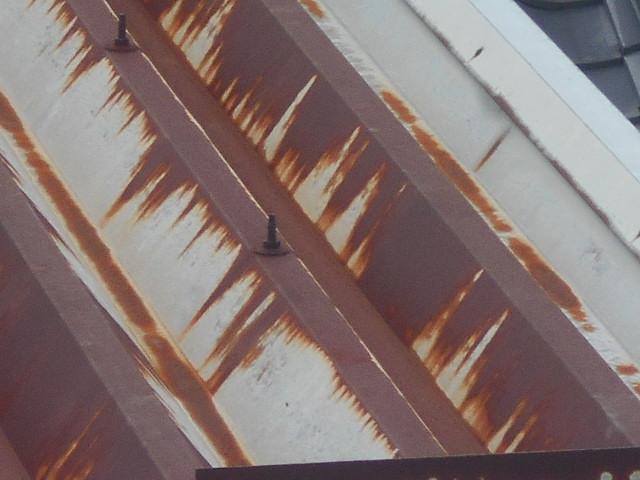 折半屋根錆