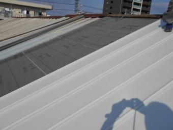 ガルバリウム鋼板立平葺き復旧