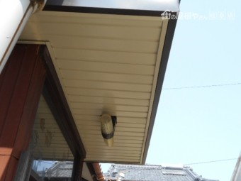 玄関屋根工事