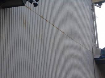 リブ波トタン壁調査