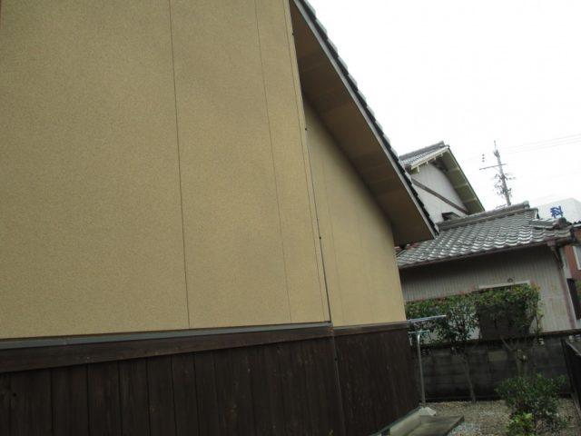 サイディング外壁 浮き