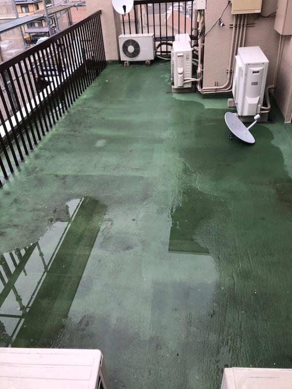ベランダ防水の塗膜の劣化